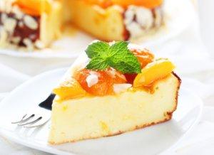 В творог можно добавлять фрукты и ягоды