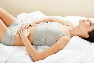 Часто спазмы сопровождаются и другими симптомами