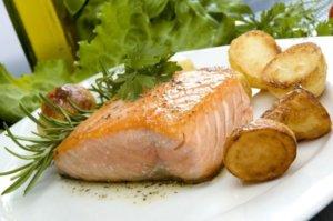 На процесс пищеварения влияют и продукты в рационе человека
