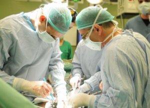 Хирургическая операция по удлению селезенки