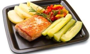 Жаренные блюда лучше заменить запеченными