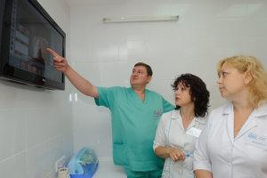 Проктолог - врач и его главное задание лечить людей!