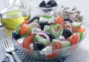 Овощные салаты должны присутствовать в рационе каждый день