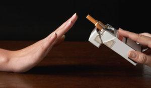 Алкоголь и курение нужно исключить из жизни во время лечения бульбита.