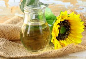Пить подсолнечное масло натощак