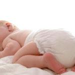 Зеленые какашки у малыша: причины появления, способы устранения зеленого стула