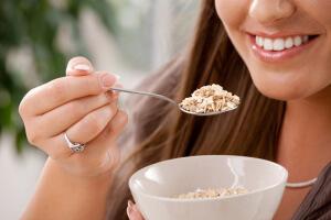 Почему пищу нужно тщательно пережевывать