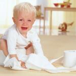 Детские слабительные средства: как помочь малышу справиться с запором