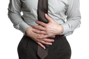 Дегтеобразный стул: причины, последствия, лечение