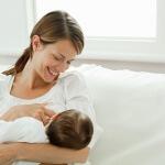 Запор у ребенка 7 месяцев: что делать, как помочь маленькому пузику?