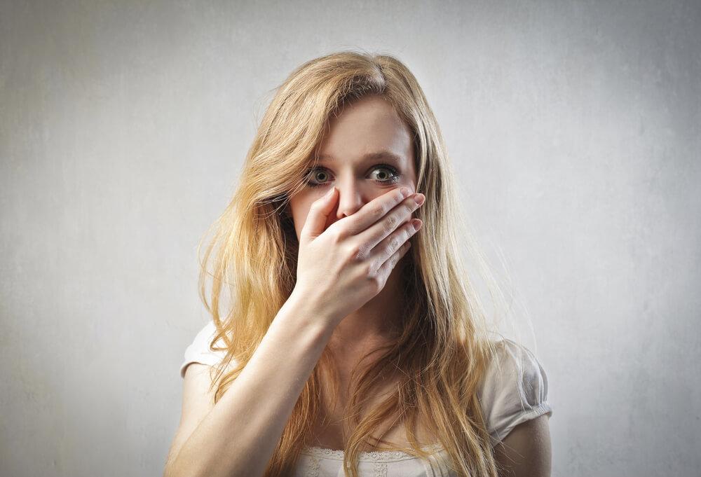 Горечь во рту, тошнота, слабость – симптомы заболеваний пищеварительного тракта