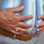 Как избавиться от газов в кишечнике и почему они возникают