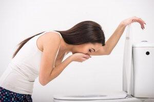 Лекарства при рвоте: боремся с мучительным ощущением