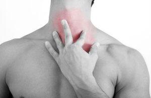 Комок в горле: как избавиться, и к какому врачу необходимо обратиться