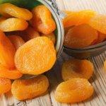 Курага при запорах: вкусное и полезное слабительное