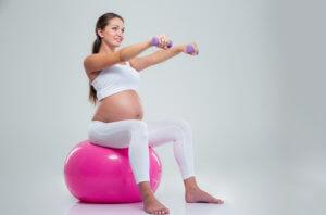 Как лечить геморрой во время беременности