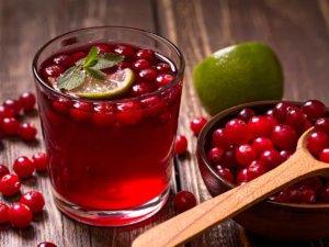 Клюквенный морс: калорийность, особенности приготовления и правила питья