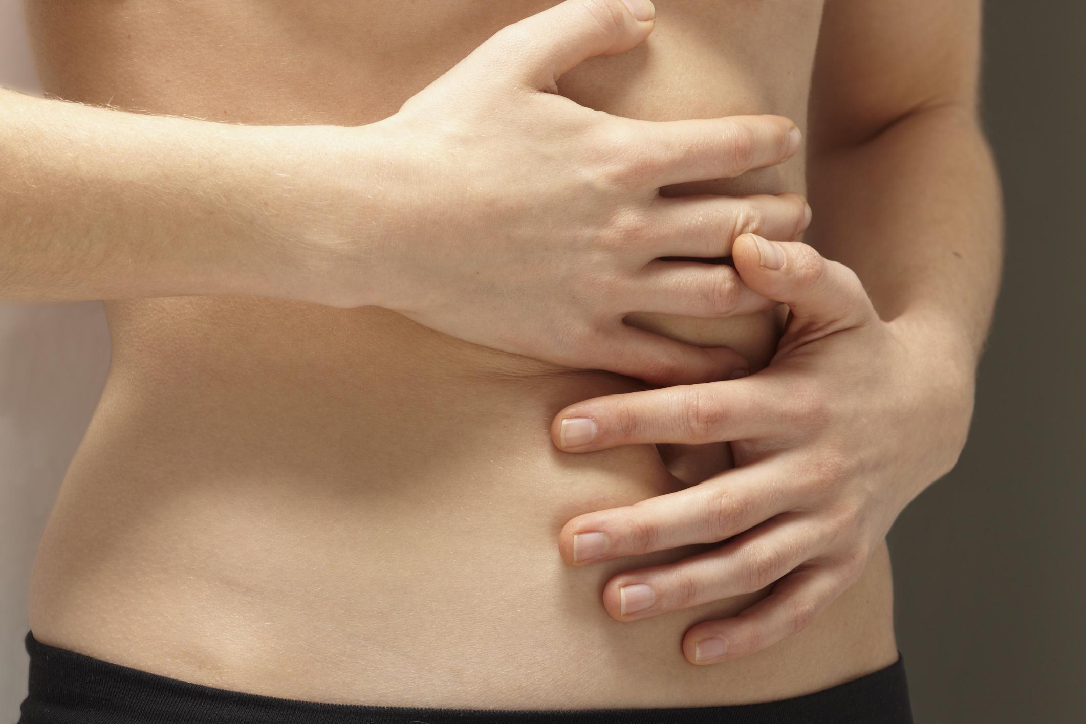 Боль в селезенке: причины, симптомы, лечение