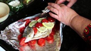 Запеченная рыба в фольге
