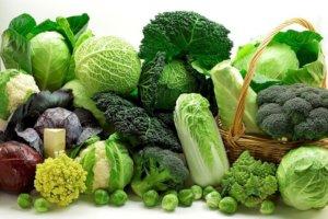 Можно ли капусту кормящей маме, не повредит ли овощ здоровью малыша