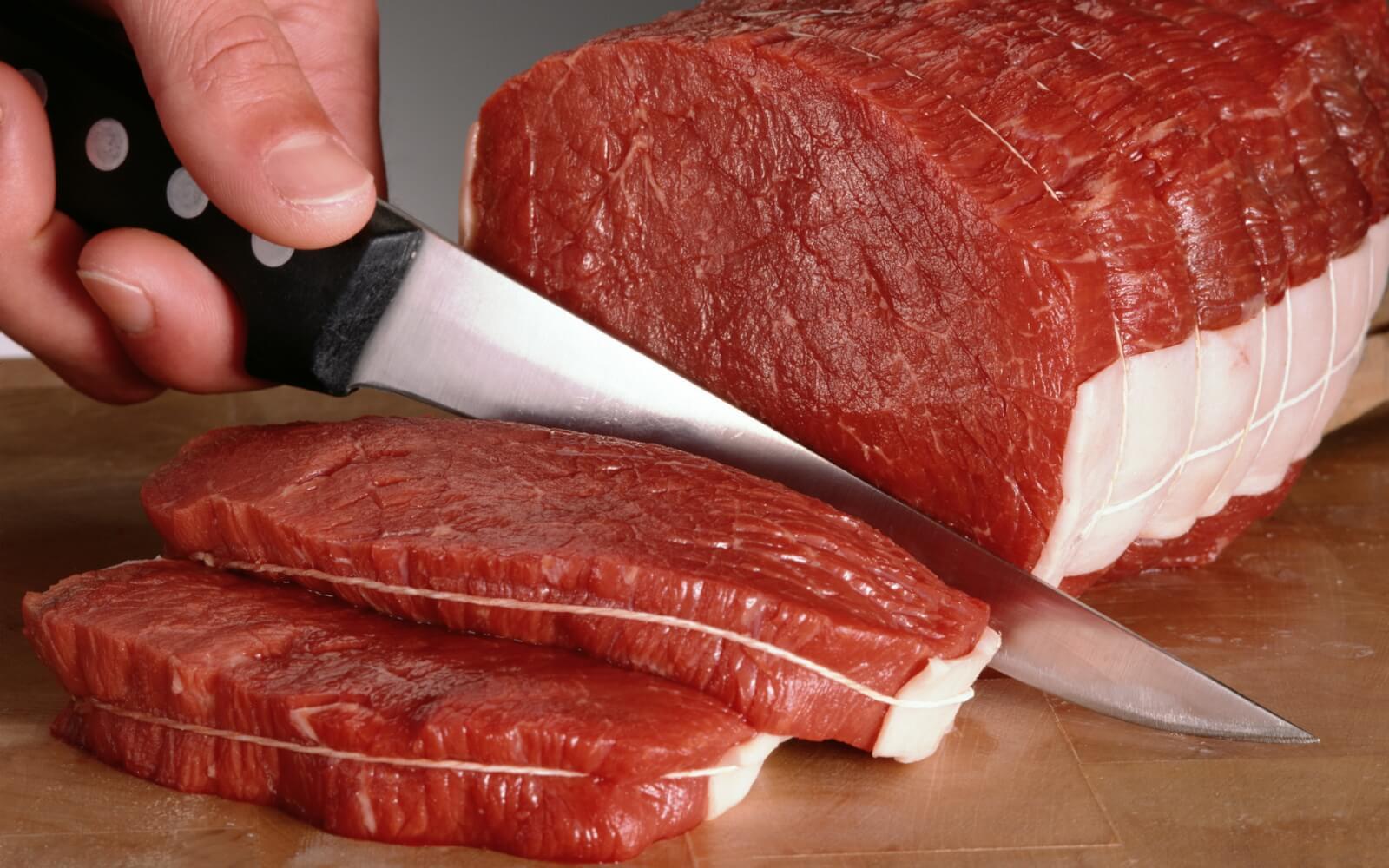 Чем опасно отравление мясом, симптомы, первая помощь