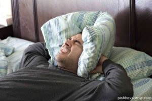 Сильная головная боль практически всегда сопровождает похмелье
