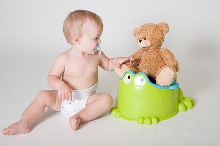 Хронический запор у 6 месячного ребенка - что делать в домашних условиях