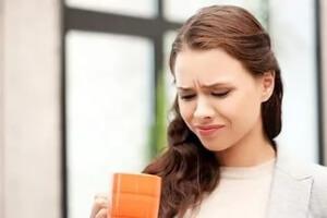 Кислый привкус во рту: лечение и устранение проблемы