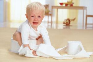 Поможет ли клизма детям при запоре?