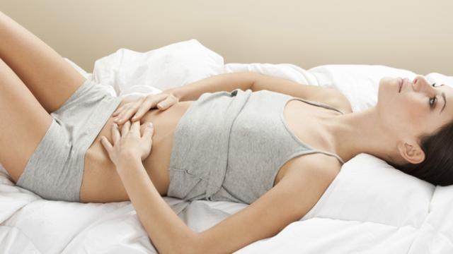 Сильные рези внизу живота - повод вызывать скорую?