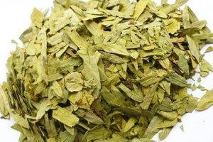 Трава сена от запора: эффект воздействия и особенности применения