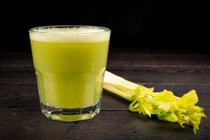 Сок из сельдерея: польза и вред, секреты приготовления