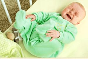 От чего у новорожденного понос