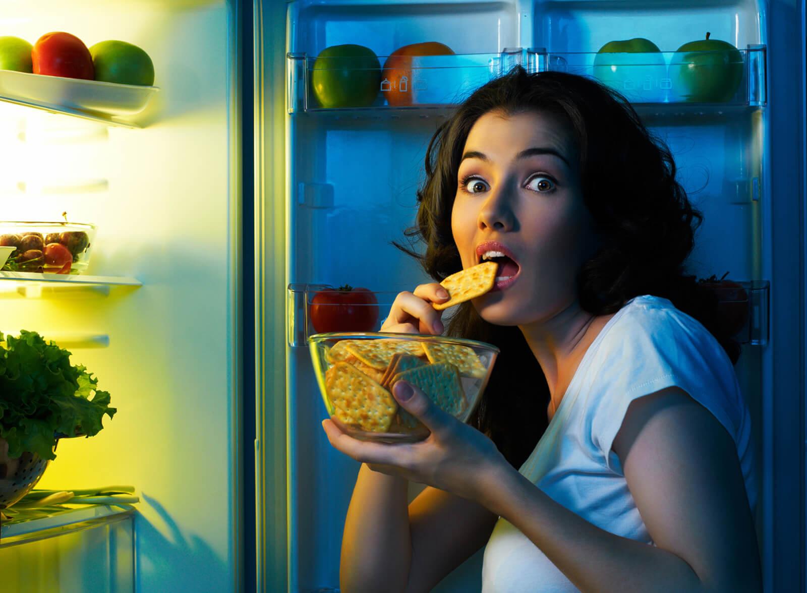Как не поправится от вечерних перекусов, что можно есть ночью
