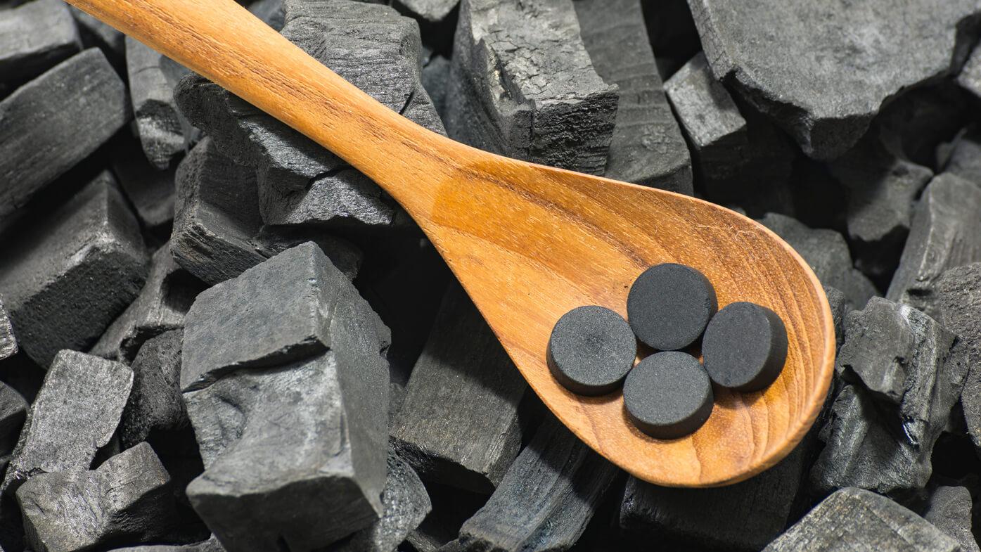 Активированный уголь — помощник при отравлениях, необходимая дозировка