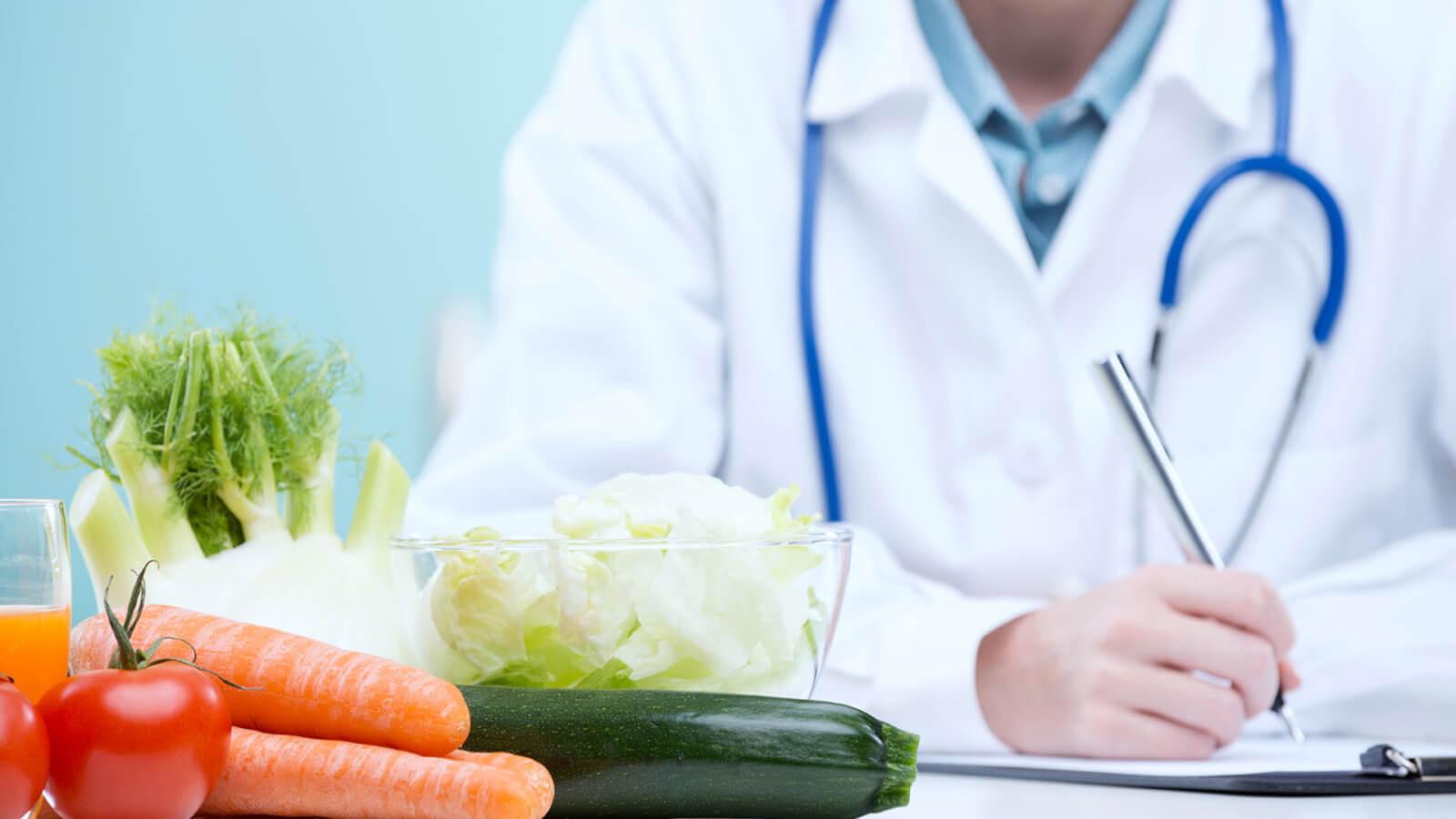 Что можно есть после операции на геморрой: правила диеты