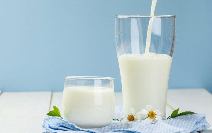 Можно ли пить молоко при язве желудка