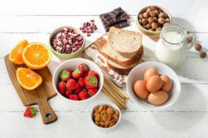 Какие продукты нельзя есть при аллергии и почему стоит придерживаться диеты
