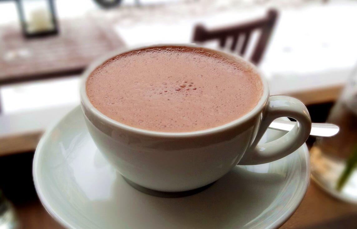 Можно ли кормящим какао, правила употребления