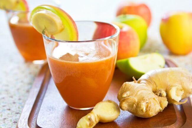 Морковный сок с имбирем и лимоном
